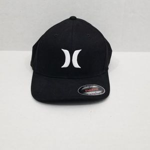 New Hurley Men Black Flexfit Hat